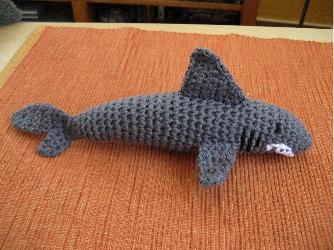 Und Der Haifisch Der Hat Zähne